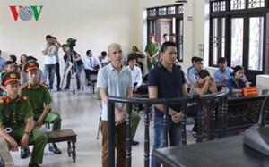 Hoãn xét xử vụ nhắn tin khủng bố Chủ tịch Bắc Ninh vì vắng nhân chứng