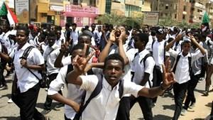 Sudan đóng cửa vô thời hạn các trường học