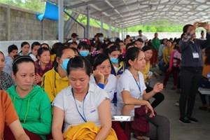 Hơn 500 công nhân dệt may đình công vì phải làm tăng ca nhưng không có tiền