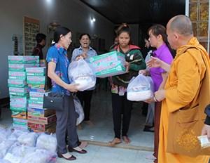 Huyện Cư M'gar (Đắk Lắk): Vận động trên 4,1 tỷ đồng giúp đỡ các hộ nghèo
