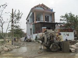 Huyện Lệ Thủy vận động 5.000 ngày công xây dựng nông thôn mới