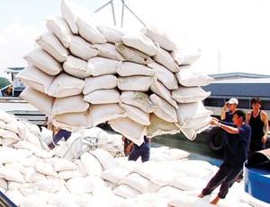 Lý giải nguyên nhân giá trị hạt gạo giảm