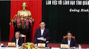 Phó Thủ tướng: Quảng Bình phát triển dịch vụ gắn với tăng quản lý thu ngân sách