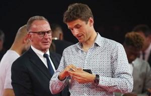 Bayern: Rummenigge cảnh cáo Niko Kovac và xoa dịu Thomas Mueller