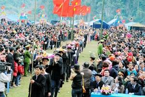 Khai mạc chương trình du lịch 'Qua những miền di sản Việt Bắc'