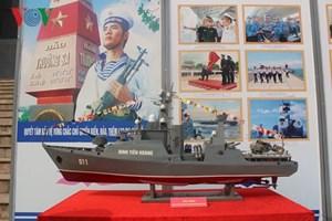 Khai mạc triển lãm tranh, ảnh về biển đảo Việt Nam tại Sơn La