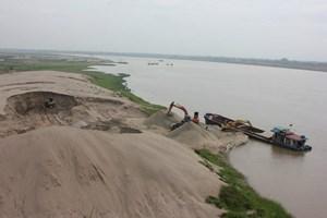 Từ ngày 10/4, đấu giá quyền khai thác và mua cát, sỏi lòng sông