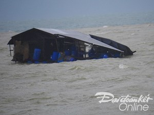 Khánh Hòa, Phú Yên lao đao sau bão
