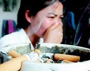 Khoảng 600.000 người tử vong hàng năm do hít thuốc lá