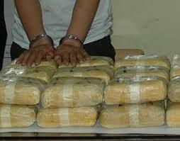 Khởi tố, bắt tạm giam 2 đối tượng vận chuyển 3,5 kg ma túy
