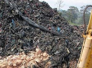 Lâm Đồng: Bắt quả tang vụ chôn trái phép 40.000 tấn chất thải rắn