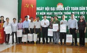 Lăng Thôn tổ chức ngày hội Đại đoàn kết
