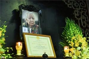 Lãnh đạo Chính phủ, MTTQ Việt Nam viếng cụ Hoàng Thị Minh Hồ