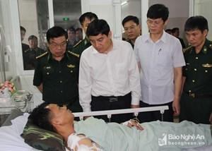 Hai chiến sỹ biên phòng bị thương khi vây thầy giáo 'ôm' 20 bánh ma túy