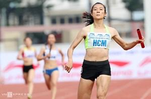 Lê Tú Chinh và đồng đội phá kỷ lục quốc gia
