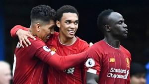 Kết quả bóng đá: Liverpool đánh bại Chelsea, Arsenal thắng ngược