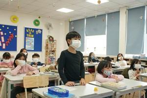 Một số địa phương cho học sinh nghỉ học hết tháng 3