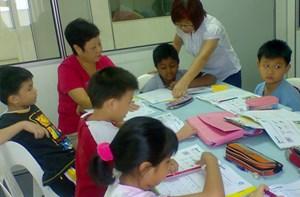 Malaysia cho phép trẻ em không có quốc tịch đến trường