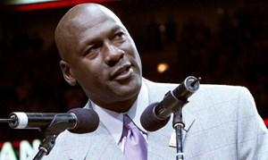 Michael Jordan kiếm nhiều tiền nhất lịch sử làng thể thao