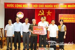 MTTQ tỉnh Bình Định ủng hộ đồng bào bão lũ miền Trung