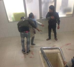 Nam thanh niên bị đâm gục trong bệnh viện