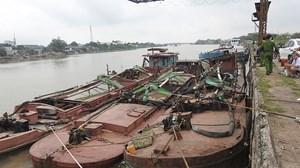 Nam Định: Cảnh sát môi trường nổ súng, vây bắt 'cát tặc'