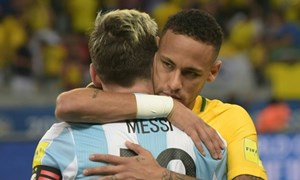 Neymar mừng vì Messi được dự World Cup 2018