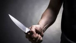 Ngăn cản nhóm trêu ghẹo phụ nữ, nam thanh niên bị đâm gục