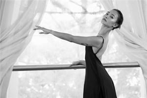Nghệ sĩ múa Tricia Nguyen: Múa dành cho người lo âu và trầm cảm