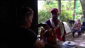 Ngôi làng hẻo lánh Colombia dùng... cocaine thay tiền
