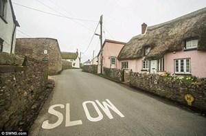 Ngôi làng mỗi năm lại cao thêm 2cm