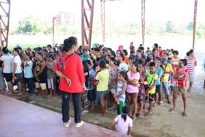 Người Philippines đón Giáng sinh trong trại sơ tán