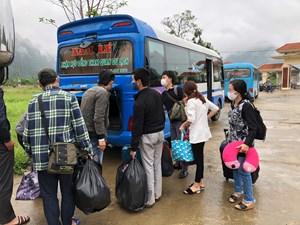 Quảng Bình: Phát hiện đánh bài ăn tiền trong khu cách ly tập trung ở Minh Hóa