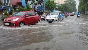 Nhiều tuyến phố nội thành Hà Nội có nguy cơ ngập cục bộ
