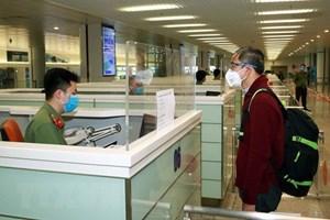 Nhật Bản tạm ngừng cấp visa cho lao động Việt