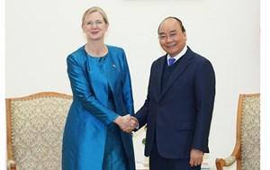 Thủ tướng tiếp nhà ngoại giao đầu tiên 'xông đất'