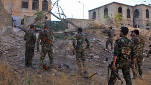 Phe nổi dậy nã pháo vào căn cứ không quân Nga ở Syria, phá 7 máy bay