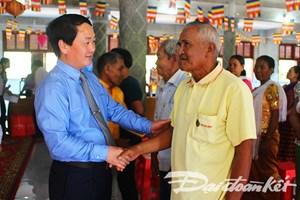 Phó Chủ tịch - Tổng Thư ký Hầu A Lềnh thăm, chúc Tết Chôl Chnăm Thmây đồng bào dân tộc Khmer tỉnh Bình Phước