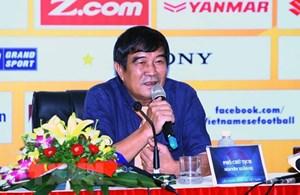 Phó Chủ tịch VFF Nguyễn Xuân Gụ từ chức sau lùm xùm 'tạm trú'