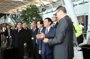 Phó Thủ tướng Vương Đình Huệ thăm Tập đoàn Zurich Airport