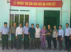 Phú Yên: Bàn giao 14 nhà Đại đoàn kết cho hộ nghèo, hộ chính sách