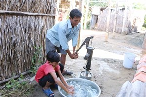 Phú Yên sẽ hỗ trợ trên 1 tỷ đồng giúp dân mua nước sinh hoạt