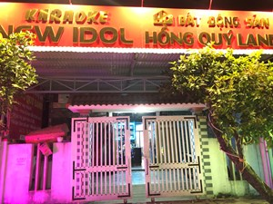 Đột kích quán karaoke phát hiện 14 nam thanh nữ tú sử dụng ma túy