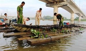Quảng Nam: Chưa hết nóng phá rừng đến nóng vận chuyển gỗ lậu