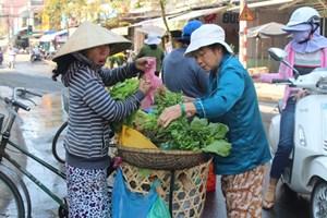 Quảng Nam: Người lao động tất bật mưu sinh ngày 30 Tết