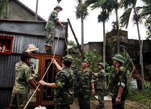 Quảng Nam tích cực hỗ trợ khắc phục hậu quả mưa lũ