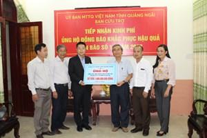 Công ty TNHH VSIP Quảng Ngãi trao 1 tỷ đồng ủng hộ khắc phục hậu quả lũ lụt