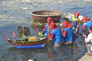 Quảng Ngãi: Lễ khao lề thế lính Hoàng Sa ở huyện Lý Sơn