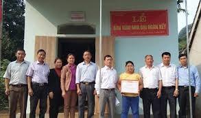 Tiền Giang: Bàn giao nhà  Đại đoàn kết cho hộ nghèo