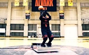 Robot đánh bại vận động viên bóng rổ chuyên nghiệp